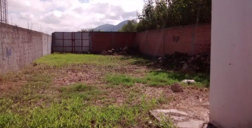 VENDO OFICINAS CON ESTACIONAMIENTO LATERAL EN VILLA LAVALLE