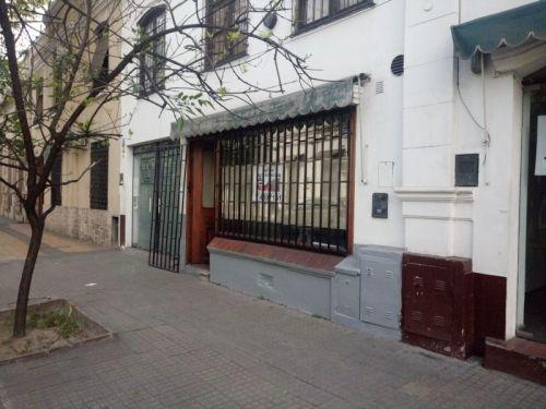 ALQUILO LOCAL PARA OFICINA O COMERCIO CALLE ZUVIRIA AL 400 ENTRE SANTIAGO Y LEGUIZAMON , SALTA