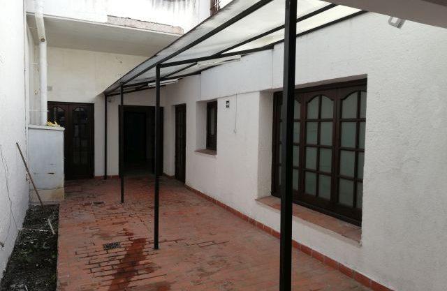 ALQUILO CASA PARA CONSULTORIOS Y OTRO RUBRO COMERCIAL CALLE ZUVIRIA Nro. 450, SALTA CAPITAL